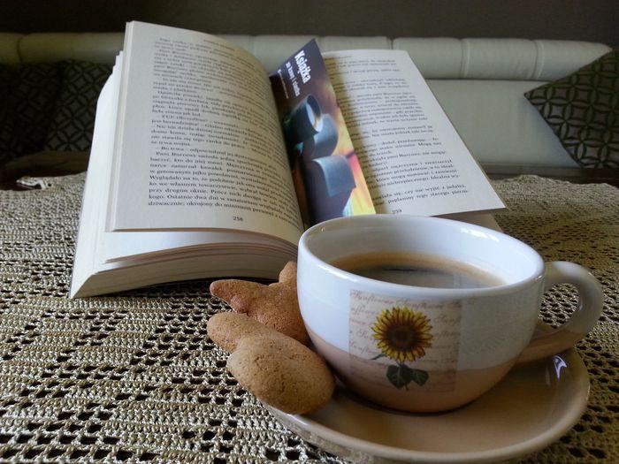 Książka za kawę i ciastko
