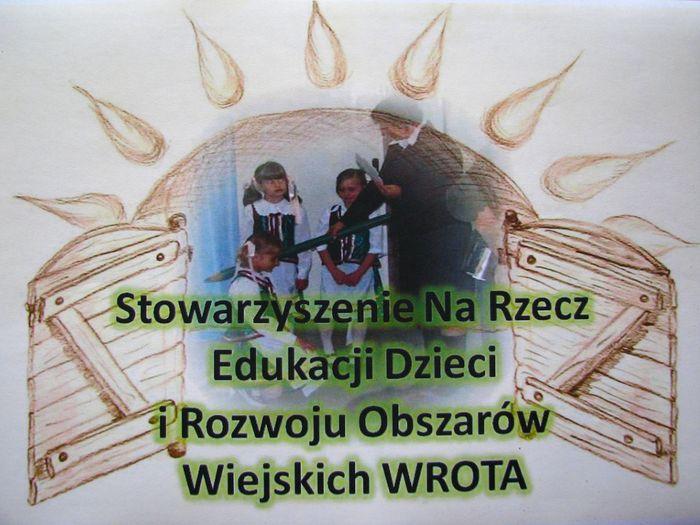 Stowarzyszenie Na Rzecz Edukacji Dzieci i Rozwoju Obszarów Wiejskich WROTA - logotyp/zdjęcie