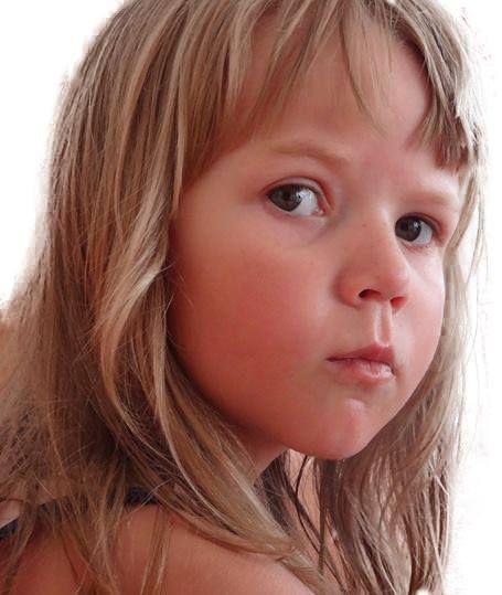 Pomóż w walce o oddech Zuzi Opolskiej - logotyp/zdjęcie