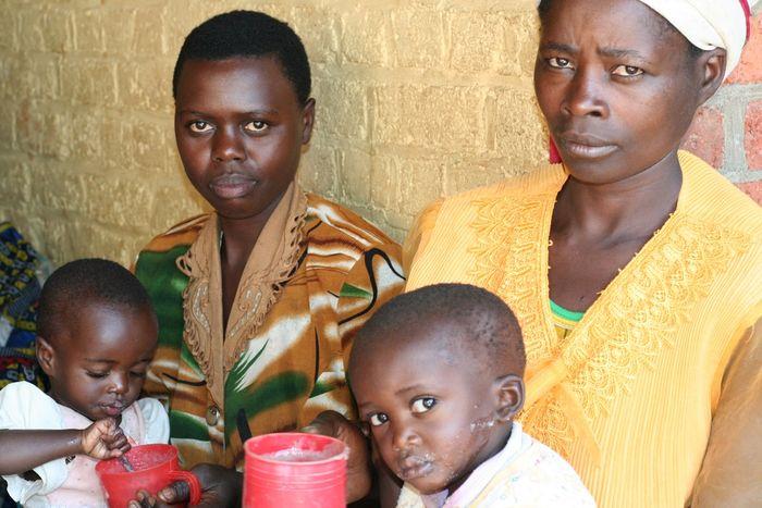 Dożywianie głodujących dzieci (Kamerun) - logotyp/zdjęcie